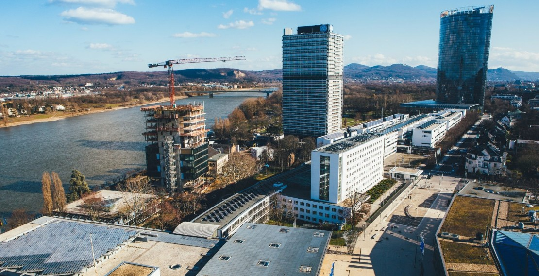 Zwischen lokaler und internationaler Ebene: das Bundesviertel mit UN-Campus in Bonn (Quelle: Bundesstadt Bonn/Giacomo Zucca)