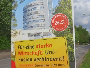Uni-Fusion verhindern! Der Streit um die geplante Fusion der Universitäten war Teil des Kommunalwahlkampfs. (Quelle: Andreas Erb)