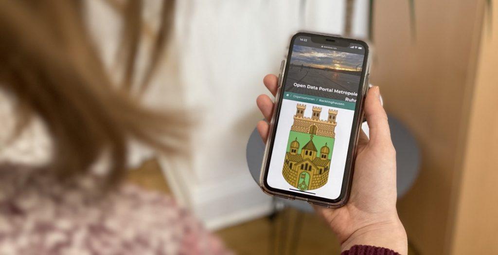 Mit dem Open Data Portal Metropole Ruhr können Bürger auch mobil und von unterwegs auf kommunale Daten aus der Stadt Recklinghausen zugreifen. (Quelle: Stadt Recklinghausen)