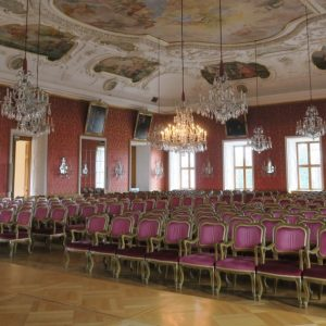 Leere Stühle: Fürstensaal im Stadtschloss Fulda (Quelle: Stadt Fulda)