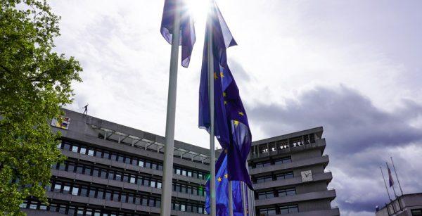 Kommunen zeigen Flagge für Europa: hier Pforzheim zum Europatag 2020. (Quelle: Stadt Pforzheim)