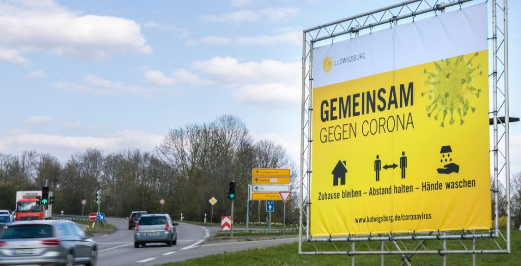 Hinweise auf Coronaregeln in Ludwigsburg (Quelle: Stadt Ludwigsburg/Benjamin Stollenberg)