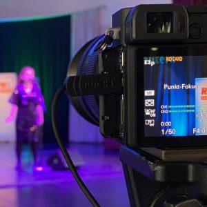 Kulturlivestream aus der Konzerthalle: Angesichts der Coronakrise digitalisiert die Stadt Kaiserslautern ihre Kulturprogramme. (Quelle: Stadt Kaiserslautern/KL.digital GmbH)