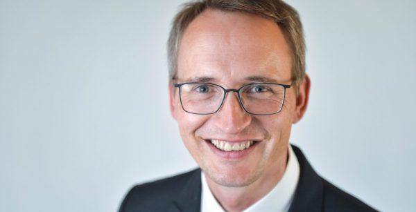"""""""Ohne Digitalisierung keine Zukunft für Kommunen"""", sagt OBM Ulrich Pötzsch aus Selb (Quelle: Landkreis Wunsiedel im Fichtelgebirge/Florian Miedl)"""
