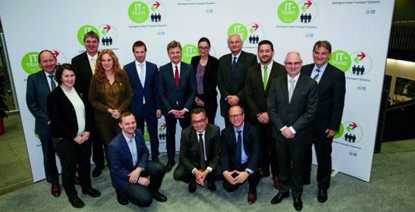 Mobilität im Fokus: Treffen bei der IT-TRANS (Quelle: Stadt Karlsruhe/KMK/Behrendt und Rausch)
