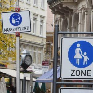Coronaregeln: Maskenpflicht in der Fußgängerzone (Quelle: Stadt Baden-Baden)