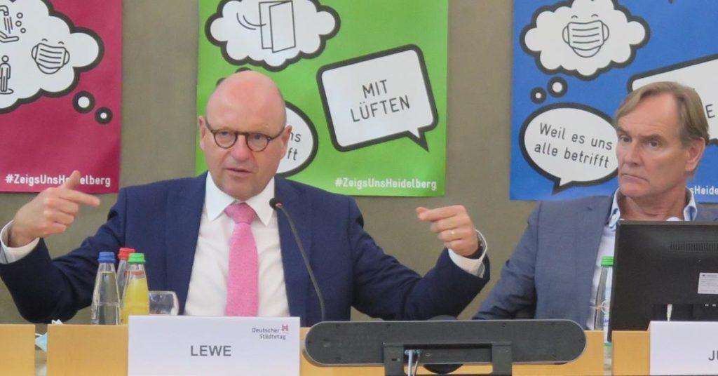 Markus Lewe (links), Burkhard Jung (Quelle: Andreas Erb)