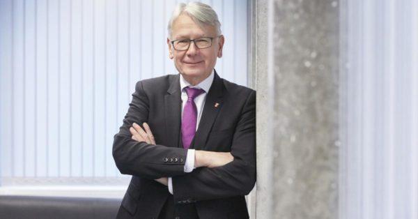 Führt Kaiserslautern nach langen Debatten zum ersten Haushaltsausgleich seit 1992: Finanzdezernent und OBM Klaus Weichel. (Quelle: Stadt Kaiserslautern)